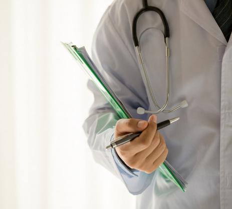 Klinik dengan akreditas terbaik yang menggunakan sistem aplikasi manajemen klinik